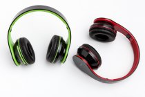 BLUETOOTH HEADPHONES GREEN/RED K8